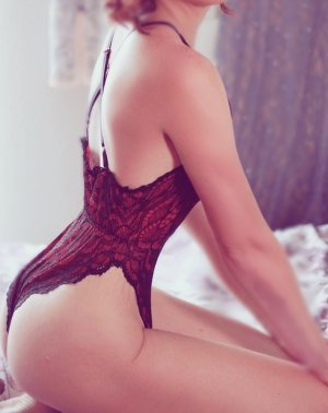 Chade escort girls in Franklin and nuru massage